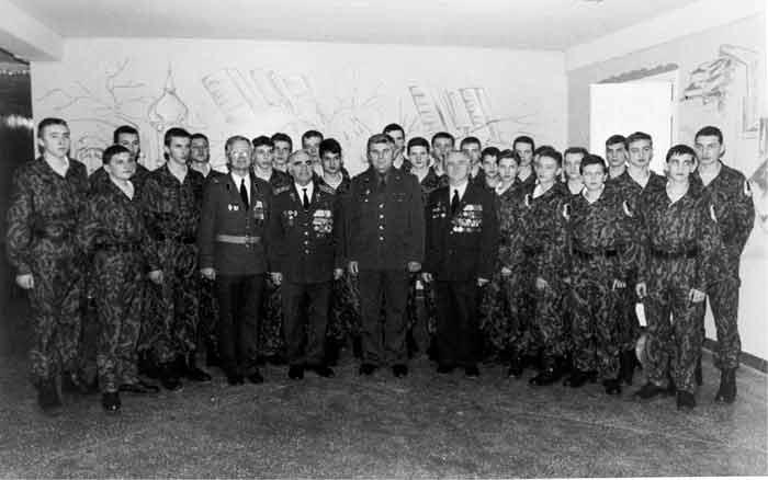 фото На встрече с учащимися военно-патриотического класса